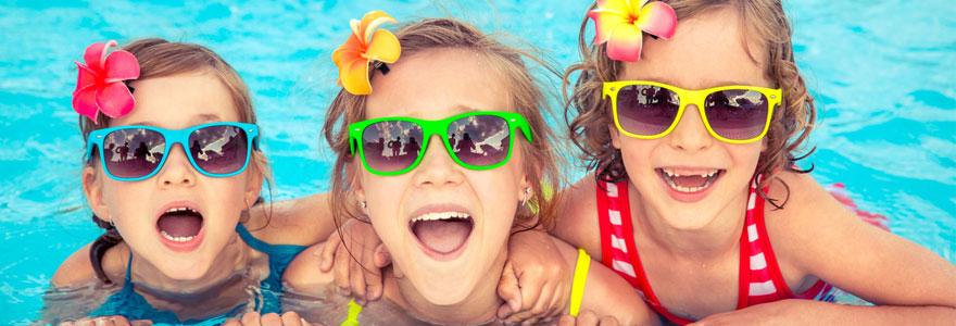 Faire plaisir à ses enfants en installant une mini piscine chez soi